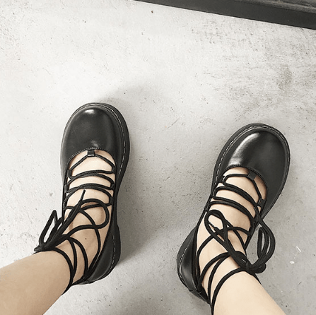 LACEUP BLACK LEATHER CLOSED TOE FLAT SANDALS