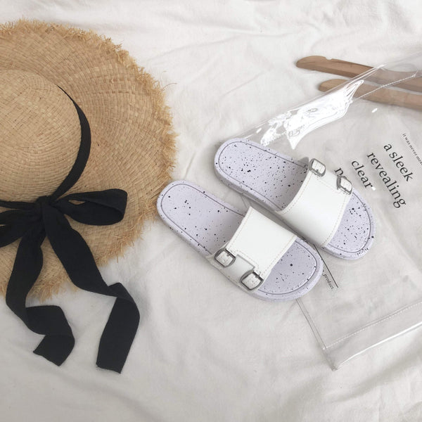 MINIMAL BLACK WHITE BUCKLE OPEN FLAT SANDALS