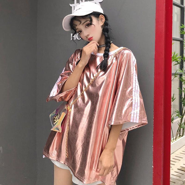 OVERSIZED HOLOGRAPHIC METALLIC SLEEVE STRIPES T-SHIRT