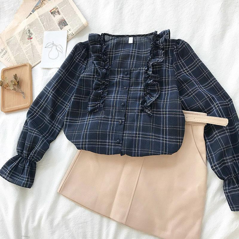 PLAID TRUMPET SLEEVE RUFFLE SHIRT