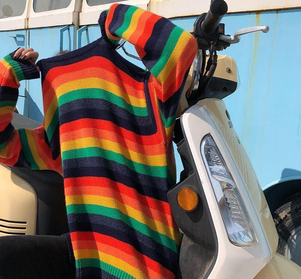 RAINBOW STRIPED ROUND NECK KNITTED SWEATER