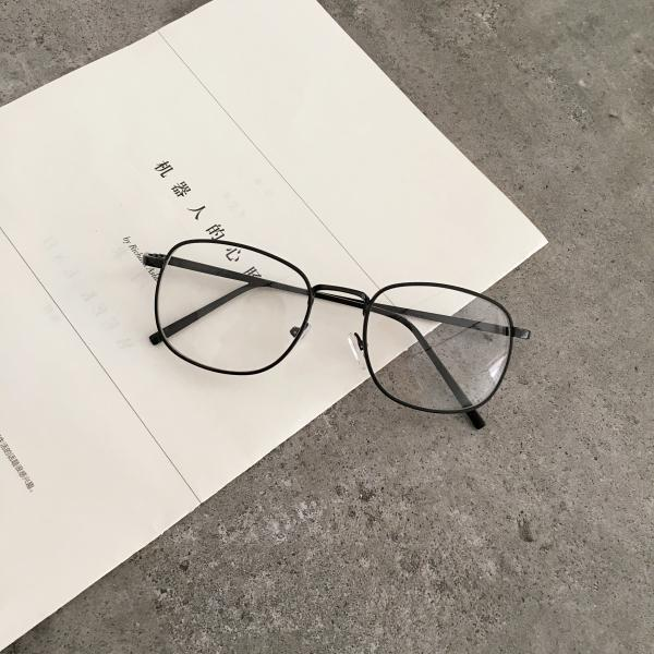 RETRO AESTHETIC METAL THIN FRAME GLASSES