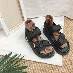 RETRO CHIC BLACK STRAPS FLAT SUMMER SANDALS
