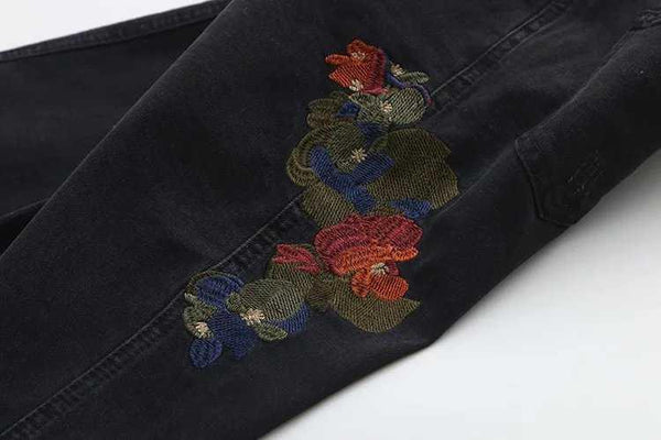 ROSES EMBROIDERY BLACK SKINNY JEANS