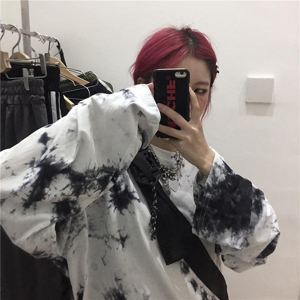 TIE DYE PATTERN OVERSIZED LONG SLEEVE T-SHIRT