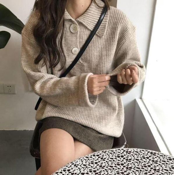 TURN DOWN COLLAR TWO BUTTONS KNITTED SWEATER
