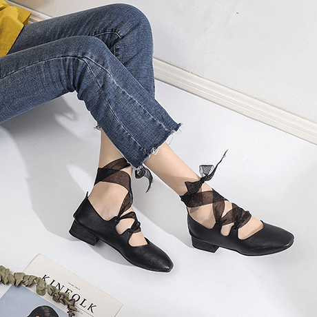VINTAGE LEATHER LOW HEEL BALETTE POINTE LACEUP SANDALS