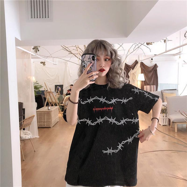 WIRE LETTERS PRINT BLACK PINK LOOSE T-SHIRT