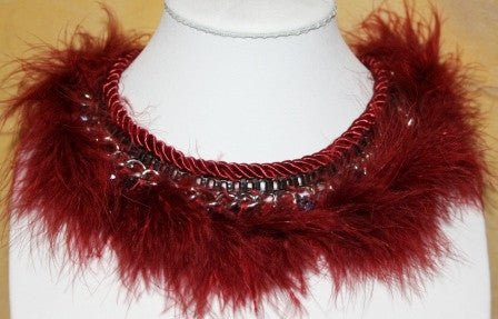 RED GOTHIC FEATHER STEAM PUNK CHOKER