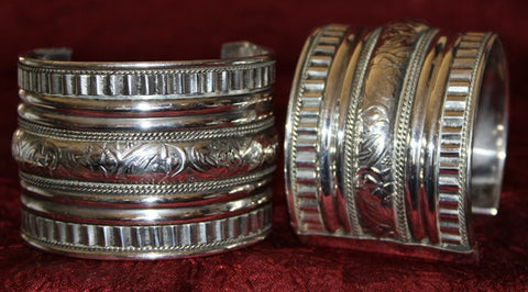 SILVER TONE TRIBAL BELLY DANCE CUFF PAIR