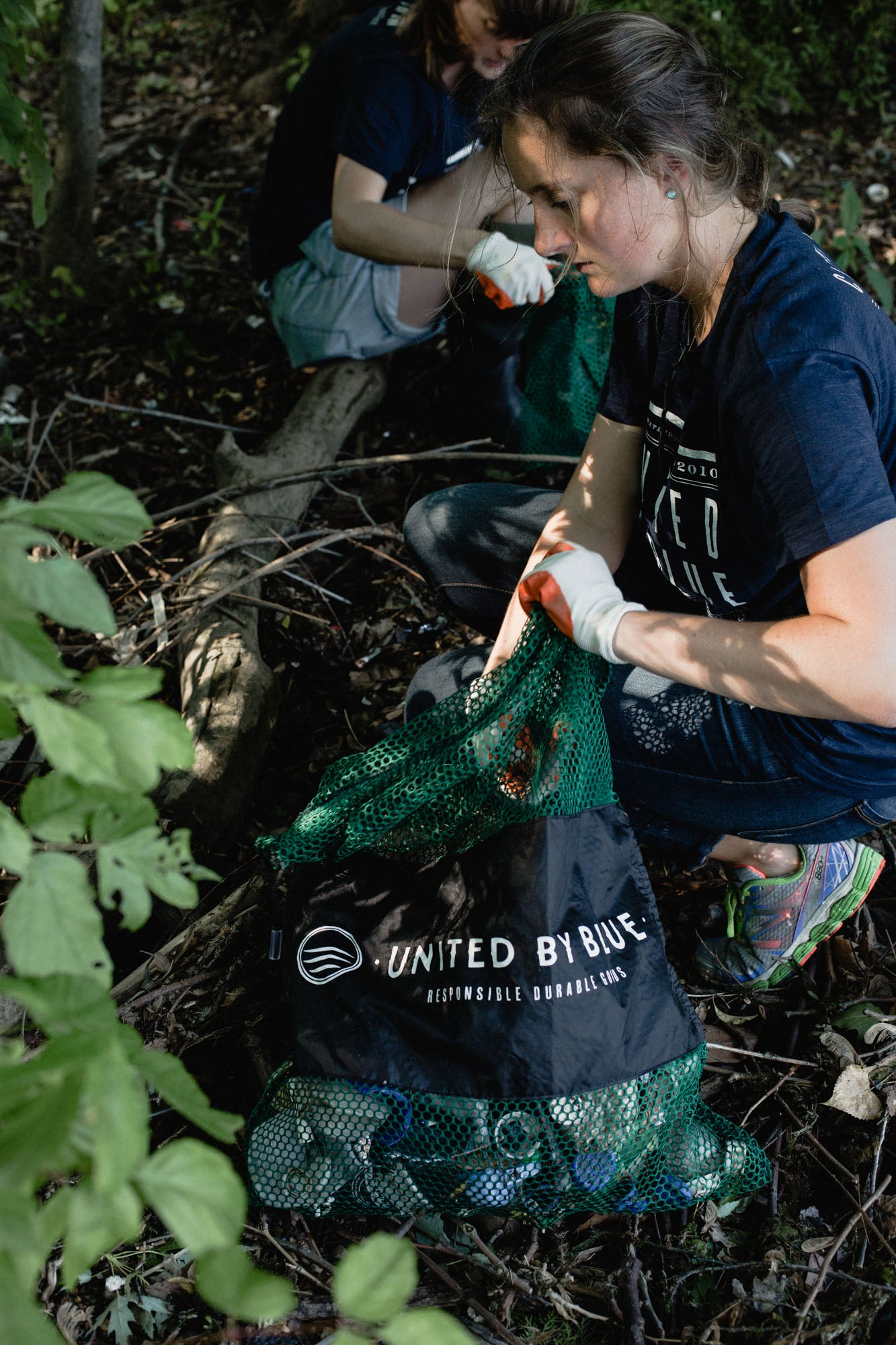 United by Blue cleanup at Bartrams Garden