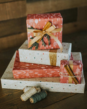 Cozy Cabin Reversible Eco Gift Wrap