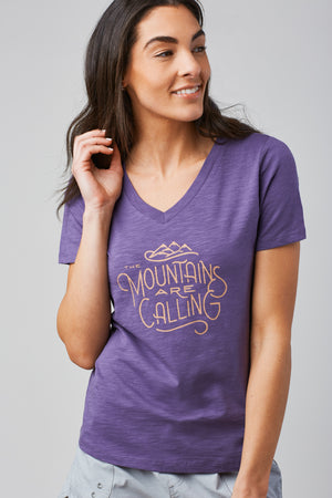 Women's Mountains Are Calling Tee