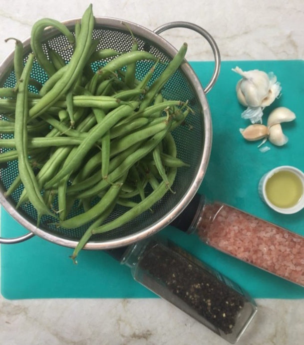 Never Fail Garlicky Green Bean Salad