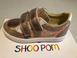Chaussures basses shoo pom play co scratch nude white Cooper