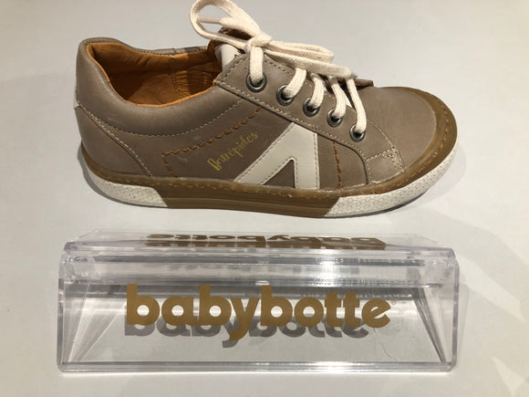 Chaussures basses Babybotte kife taupe