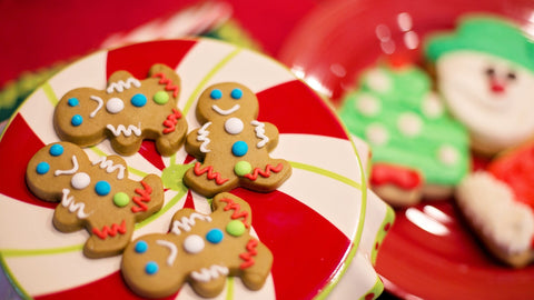 Bake gingerbread cookies with Vision Buddy