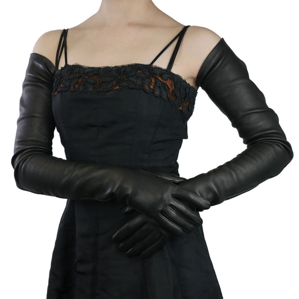 Full arm length Black Leather Gloves- Silk Lined, 22-bt - Solo Classe