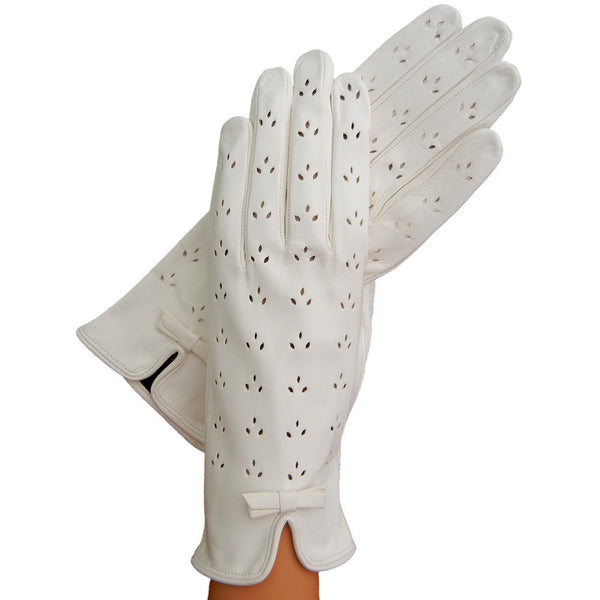 White Leather Gloves With Lily-Shaped Perforations, Unlined - Solo Classe