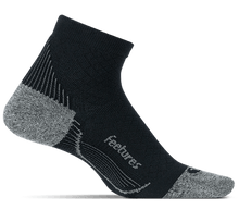 Load image into Gallery viewer, Feetures - Plantar Fasciitis Compression Sock Ultra Light Quarter ( Black )