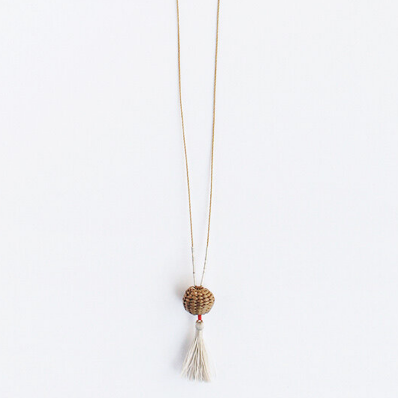 Tiny Basket Necklace - Natural