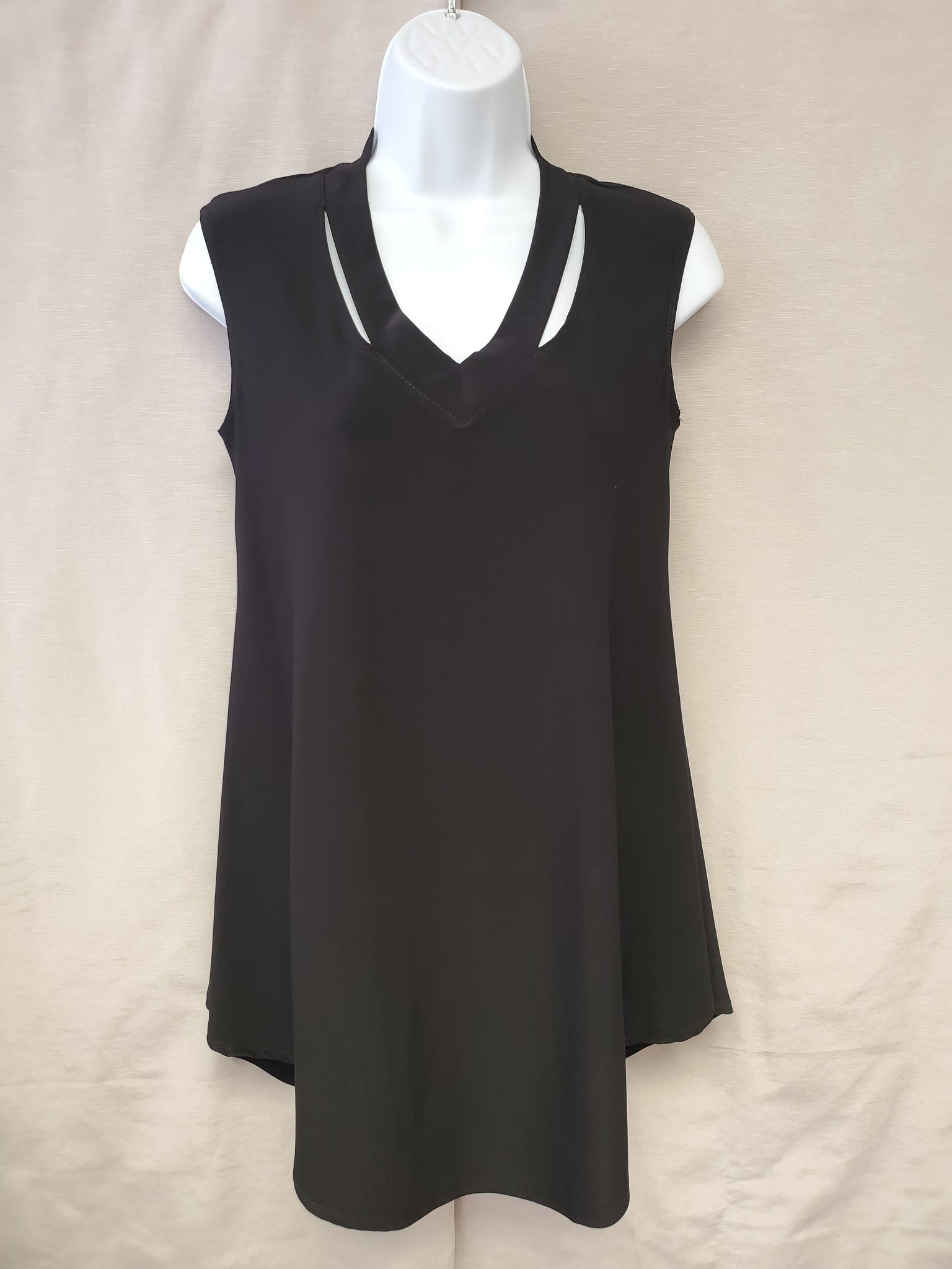 Sleeveless Top – Black
