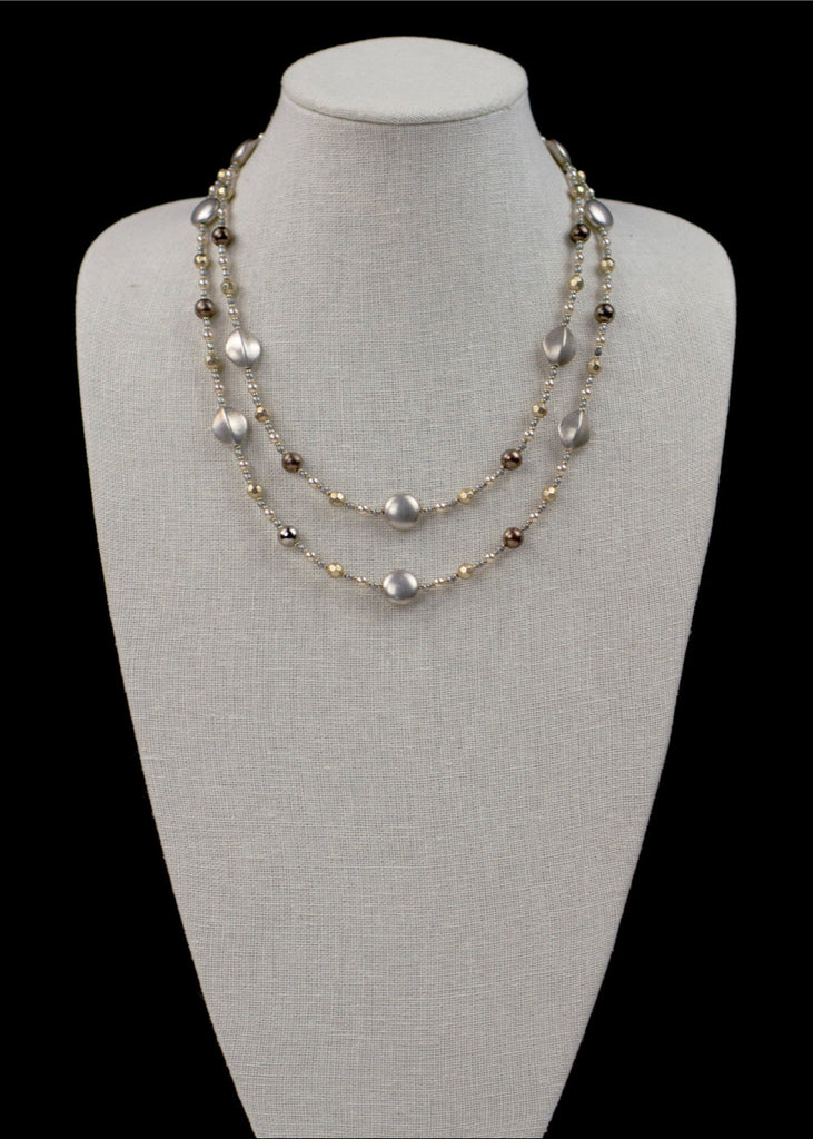 Rope Metal and Pearl Necklace