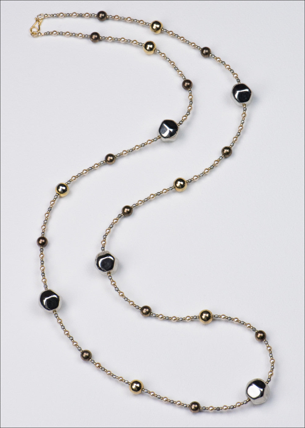 Silver and Pearl Metal Necklace