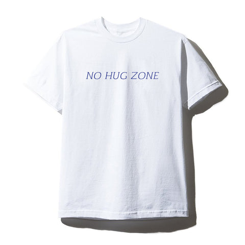 NO HUG ZONE [UNISEX TEE]