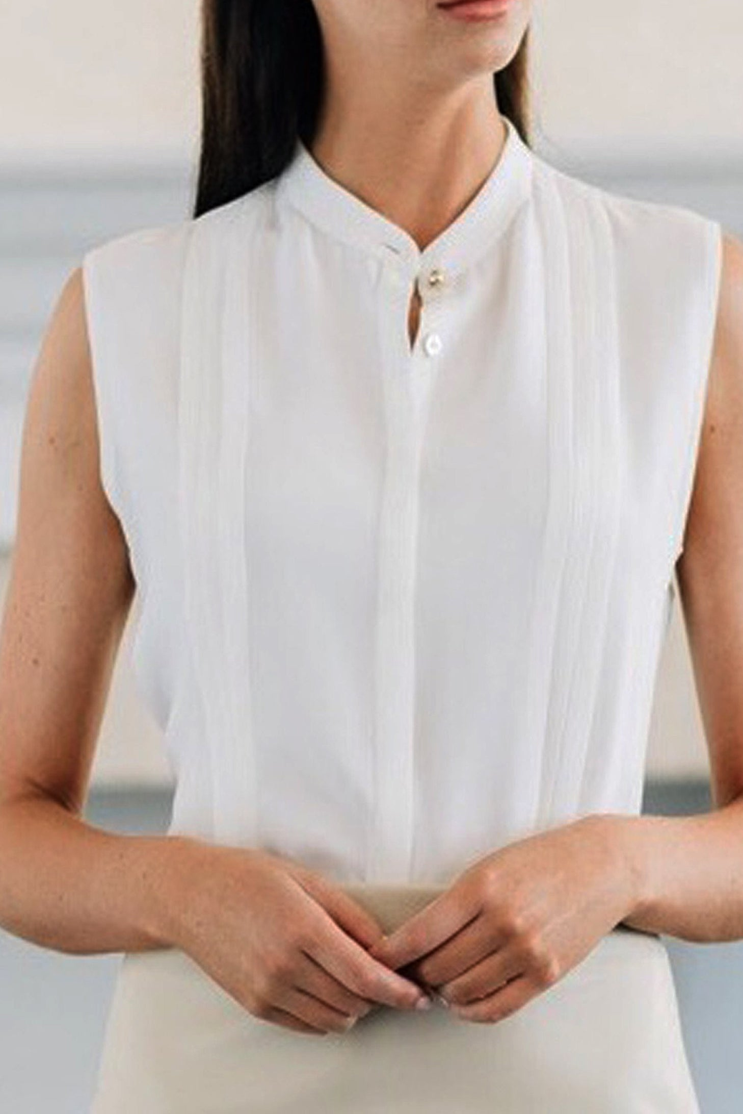 Sleeveless Mandarin Collar Blouse