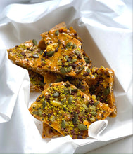 Charger l'image dans la galerie, Walnut Brittle with Cocoa Nibs, Pumpkin Seeds and Black Sesame, 1 lb