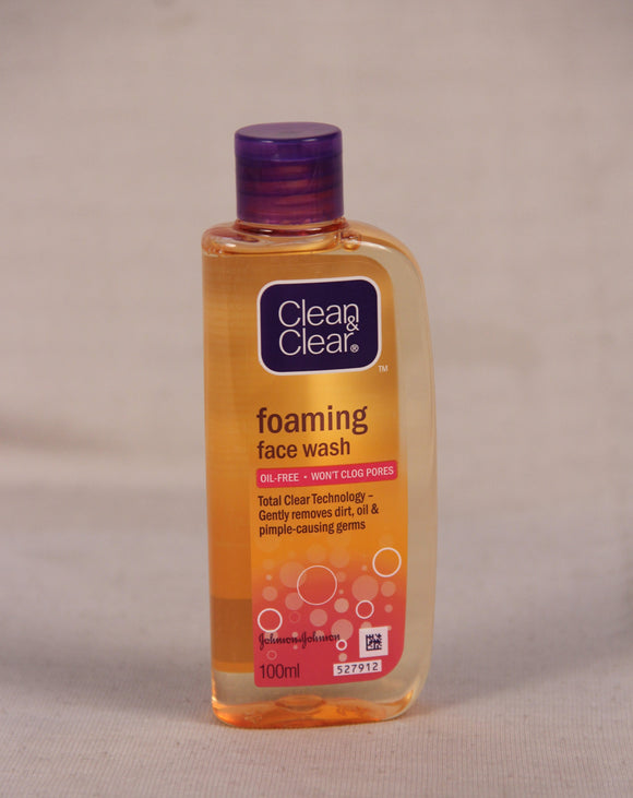 Clean and Clear Foaming Face Wash