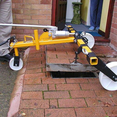 Probst SDH-H Hydraulic Manhole Cover Lifter Kit