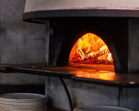 how hot are pizza ovens