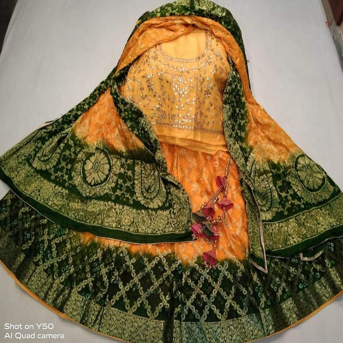 Banarasi Bandhani Lehenga in Yellow And Green ,banarasi lehenga with price, banarasi lehenga designs 2020