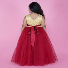 Load image into Gallery viewer, Evening Gowns For Girls In Red Color