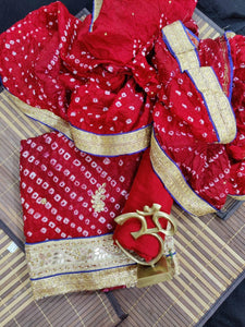 Bandhej silk suit In Red