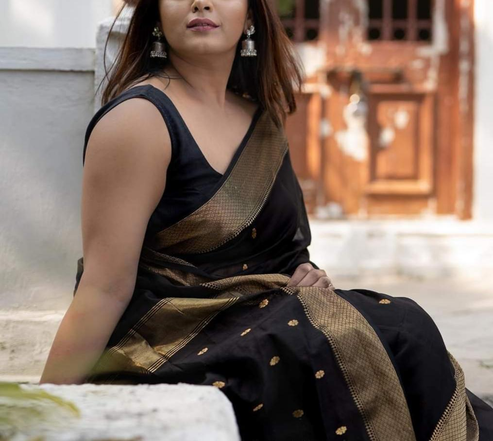 Traditional Maheshwari Sarees In Black,Maheshwari Sarees In Pune