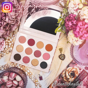 Lois Cosmetics Rose Metal Eyeshadow Palette Vegan Cruelty Free Paraben Free  Rose Toned Rosey Look Pink eyeshadow Metallic Matte Divine Beautiful Blend Makeup Red Eyeshadow Black Eyeshadow Palettes Shimmer High Quality Customer Makeup Artist Review  auntiehauluk