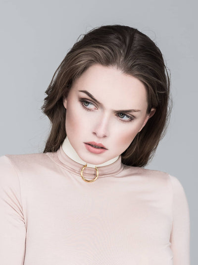 Claire Latex Choker White