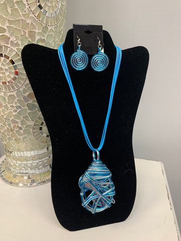 Twisted Blue Set