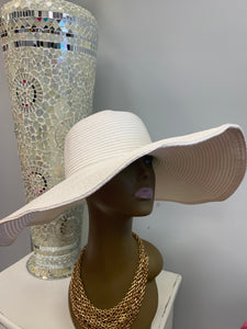 White Shapable Straw Hat