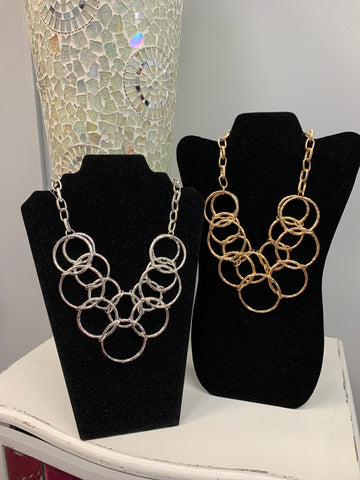 Hammered Circles Necklace (2 Colors)