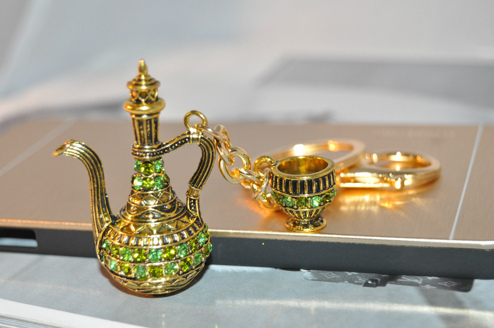 Arabia Tea pot and cup keychain- Green