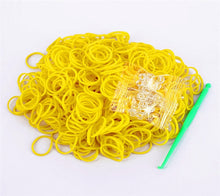 Load image into Gallery viewer, 600pcs 19 Color Loom Rubber Bands for Christmas Day Gift Refill Kit with 25pc S Clips 1 Hook for Weaving Creativity Bracelet Toy - amalkids