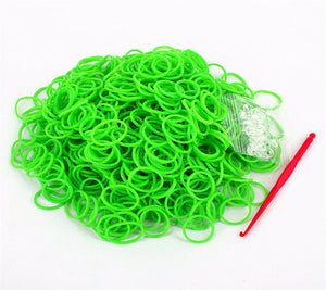 600pcs 19 Color Loom Rubber Bands for Christmas Day Gift Refill Kit with 25pc S Clips 1 Hook for Weaving Creativity Bracelet Toy - amalkids