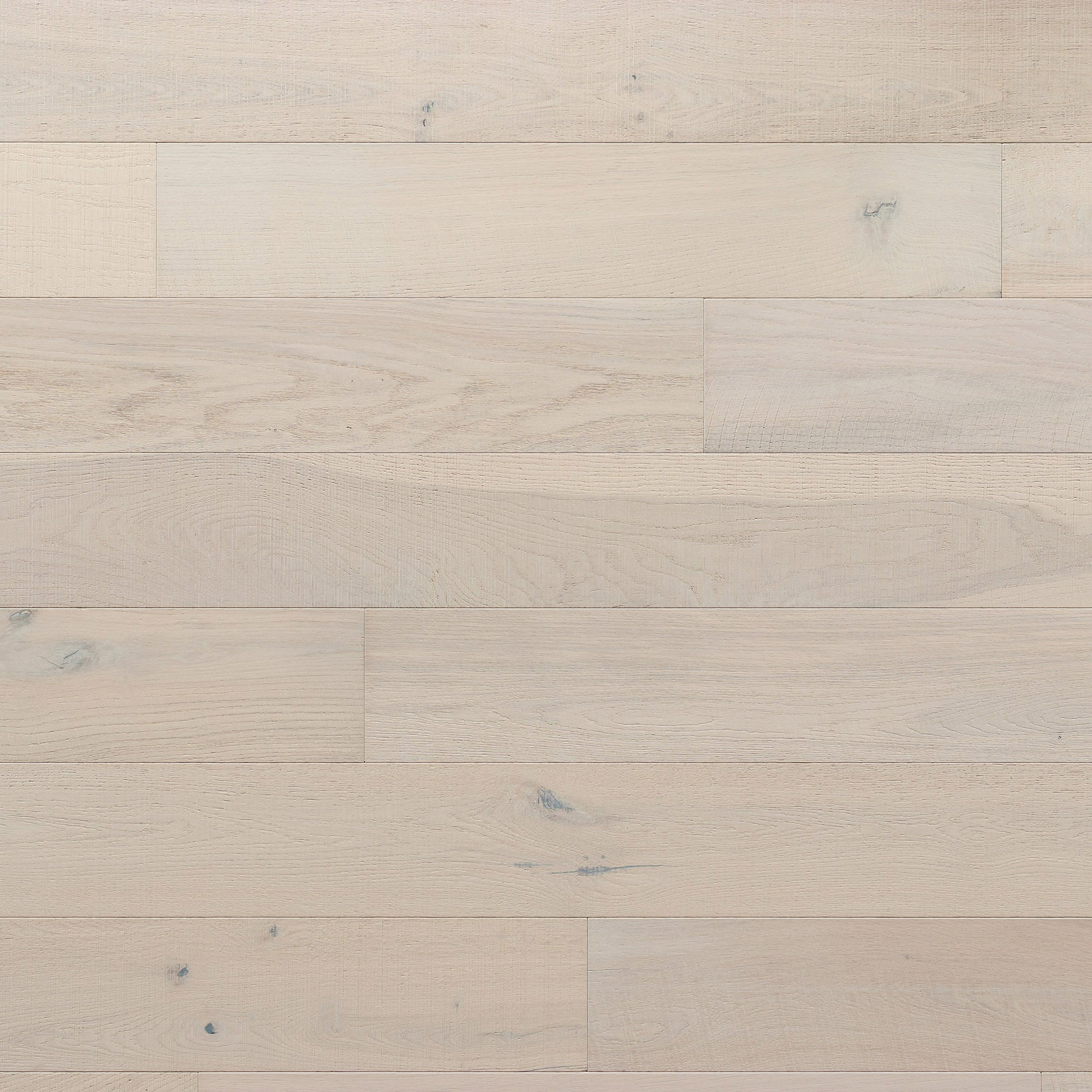 Kentwood Brushed Oak Milltown Holbrok, a distressed oak with variation in a matte finish available from Alberta Hardwood Flooring Edmonton and Calgary.
