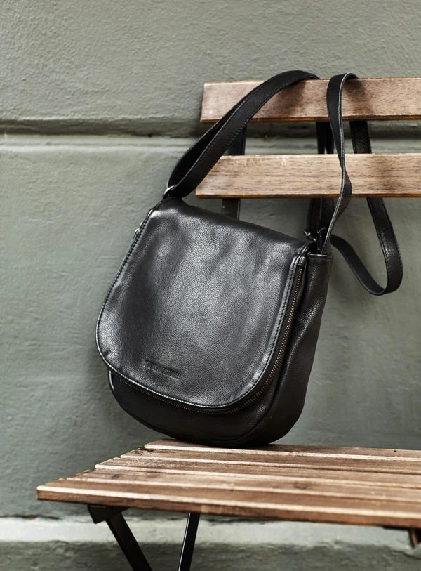 Santiago Bag in Black
