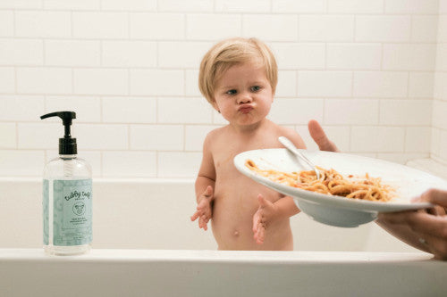 5 Reasons Why Feeding Children In The Bath Is One Of Our