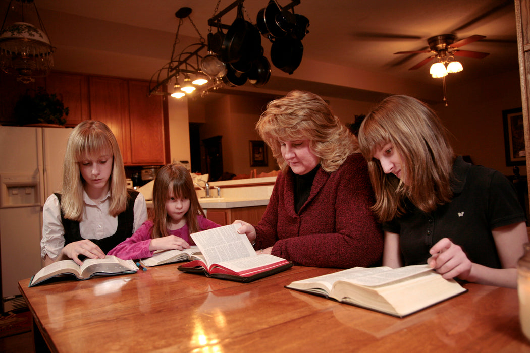Family Bible Study Series Curriculum Guide